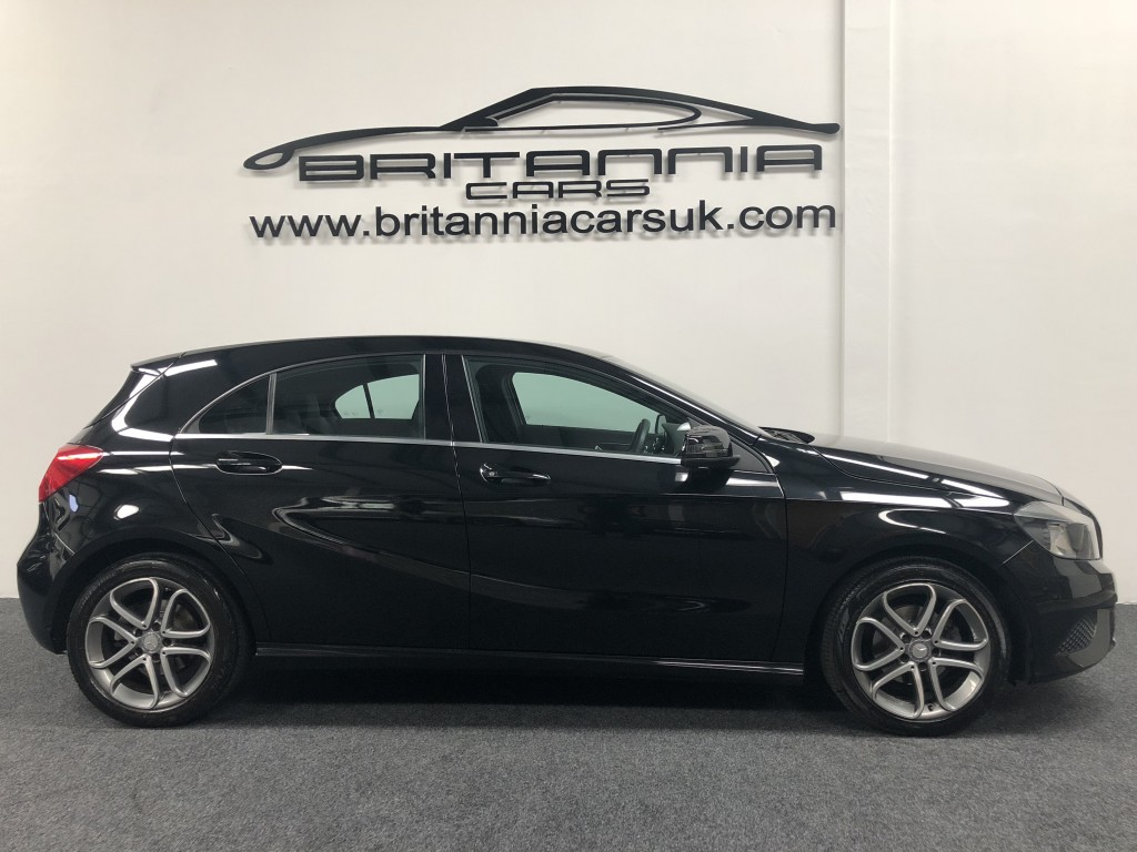 MERCEDES-BENZ A-CLASS 1.5 A180 CDI BLUEEFFICIENCY SPORT 5DR