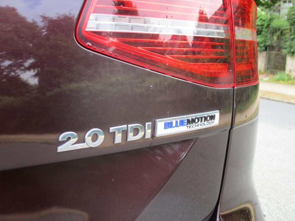 VOLKSWAGEN PASSAT 2.0 GT TDI BLUEMOTION TECHNOLOGY DSG 5DR SEMI AUTOMATIC