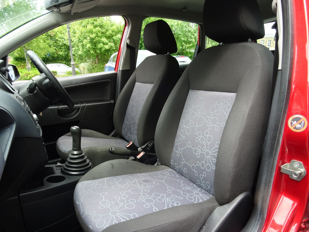 FORD FIESTA 1.4 STYLE 16V 5DR