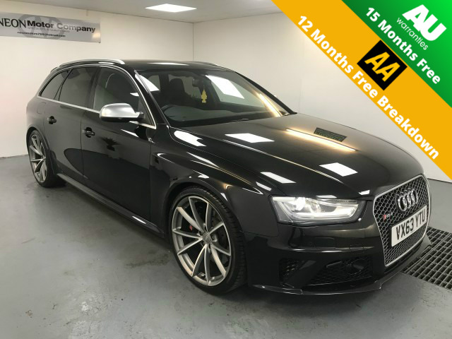Used AUDI RS4 4.2 RS4 AVANT FSI QUATTRO 5DR AUTOMATIC in West Yorkshire