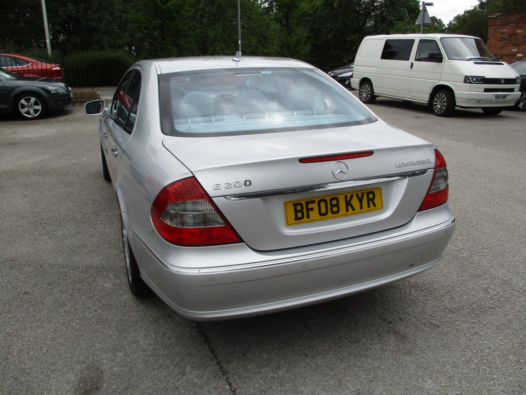 MERCEDES-BENZ E-CLASS 1.8 E200 KOMPRESSOR AVANTGARDE 4DR AUTOMATIC