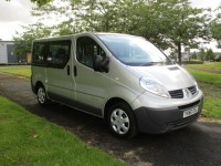 RENAULT TRAFIC 2.0 SL27 DCI - 5 SEATS PLUS WHEEL CHAIR/ACCESS - RAMP AND WINCH
