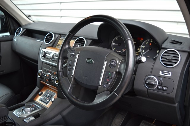 2014 (64) LAND ROVER DISCOVERY 3.0 SDV6 HSE 5DR AUTOMATIC   <em>75,857 miles