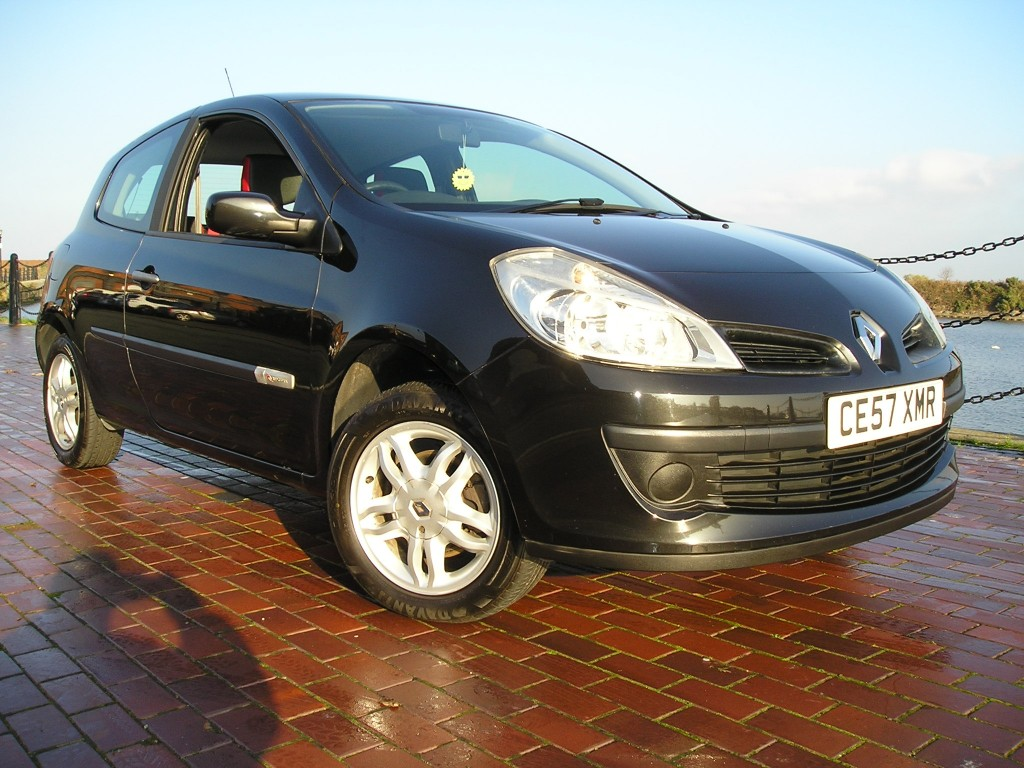 RENAULT CLIO 1.1 RIP CURL 16V 3DR