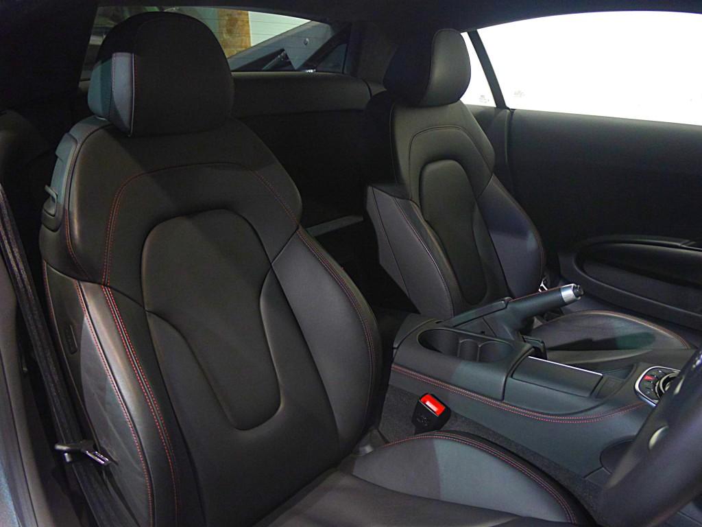 AUDI R8 4.2 V8 QUATTRO 2DR SEMI AUTOMATIC