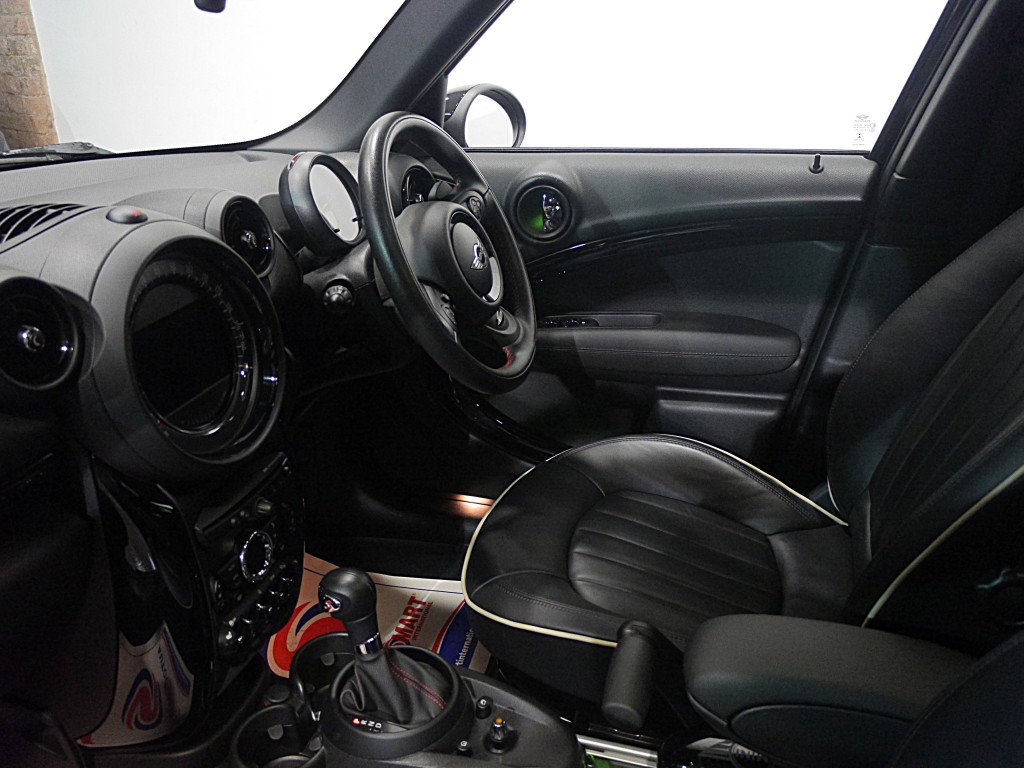 MINI COUNTRYMAN 2.0 COOPER SD ALL4 5DR AUTOMATIC