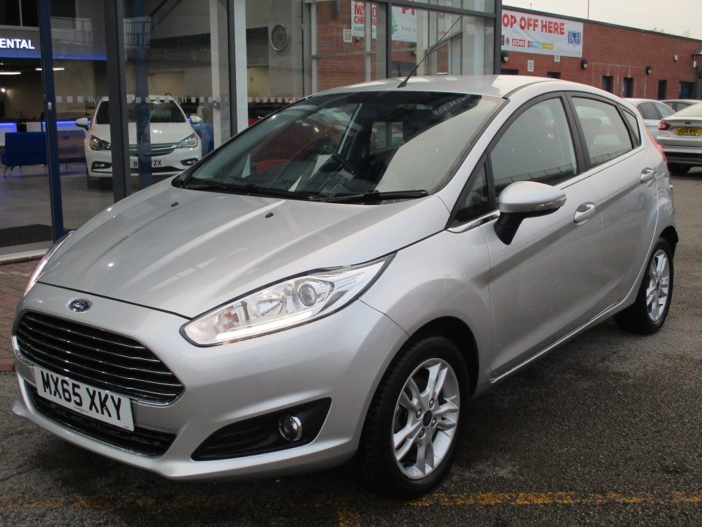 FORD FIESTA 1.6 ZETEC 5DR AUTOMATIC