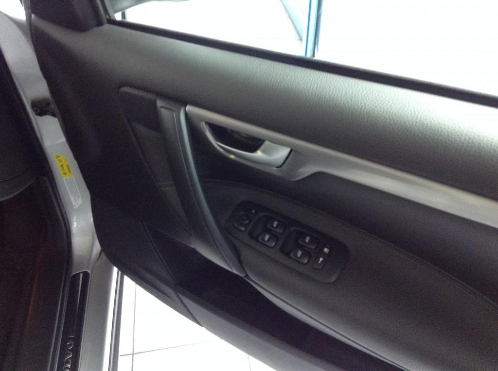 VOLVO S60 2.4 D SE 4DR AUTOMATIC