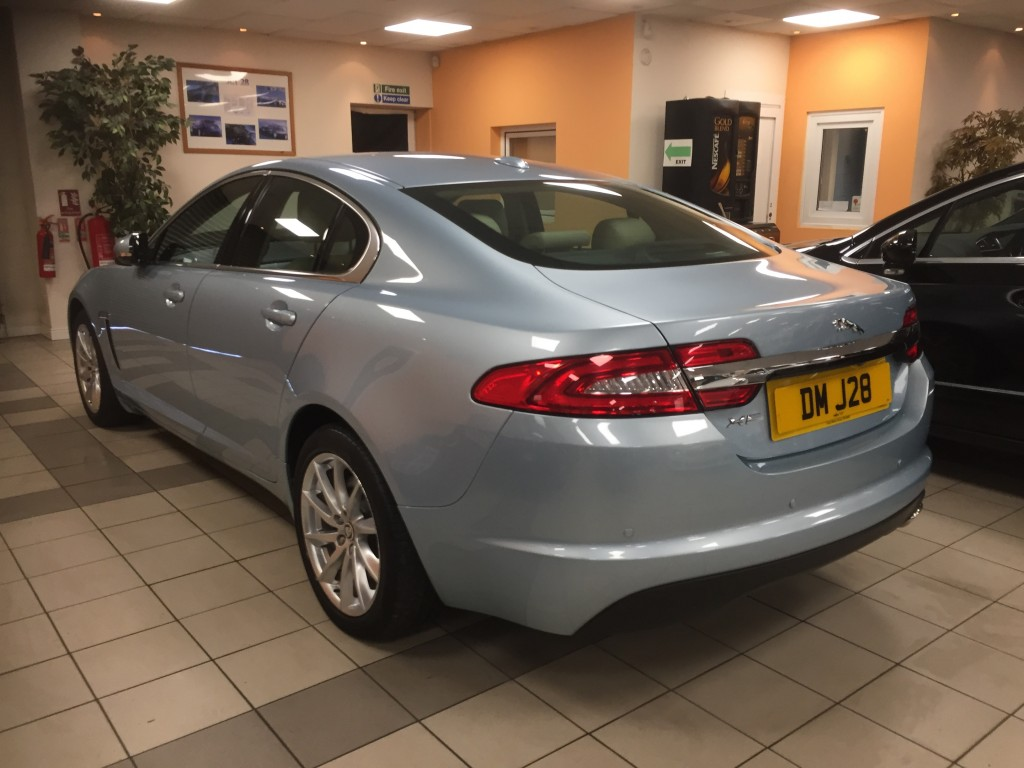 JAGUAR XF 2.2 D LUXURY 4DR AUTOMATIC