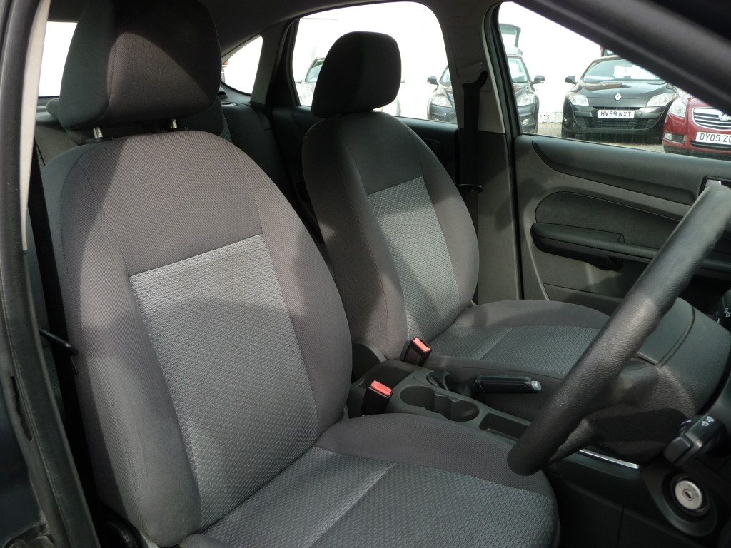 FORD FOCUS 1.6 LX TDCI 5DR