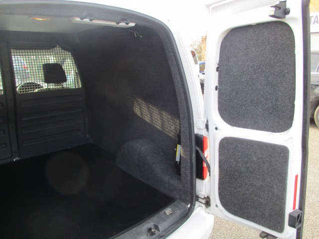 VOLKSWAGEN CADDY 1.6 C20 TDI 75