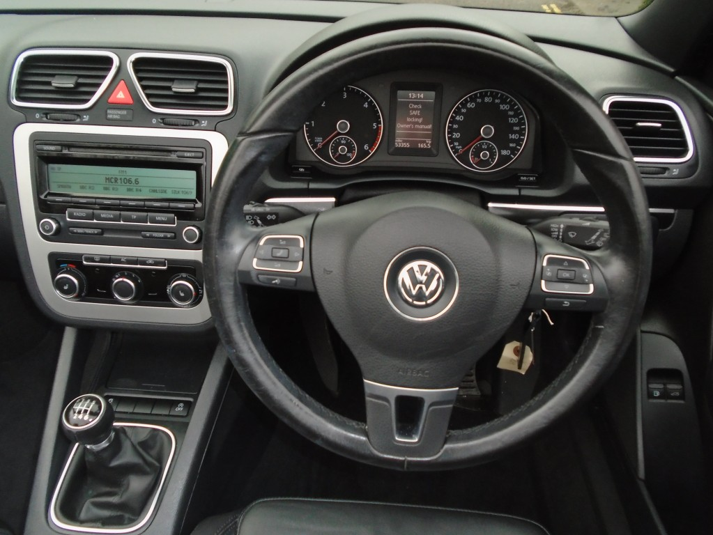 VOLKSWAGEN EOS 2.0 SE TDI BLUEMOTION TECHNOLOGY 2DR