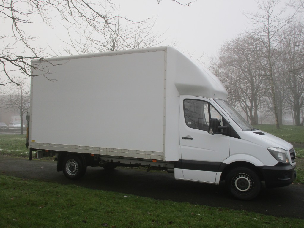 MERCEDES-BENZ SPRINTER LUTON 2.1 316 CDI LWB - ONE OWNER - FSH