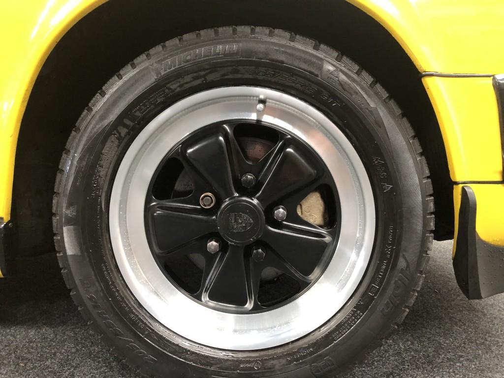 PORSCHE 911 3.0 SC TARGA 2DR