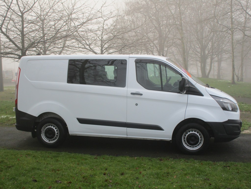 FORD TRANSIT CUSTOM  290 FACTORY CREW CAB (6 SEATS) - FSH