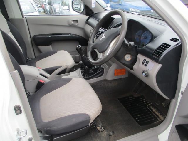MITSUBISHI L200 2.5 4LIFE GLX DI-D S/C LWB 4WD