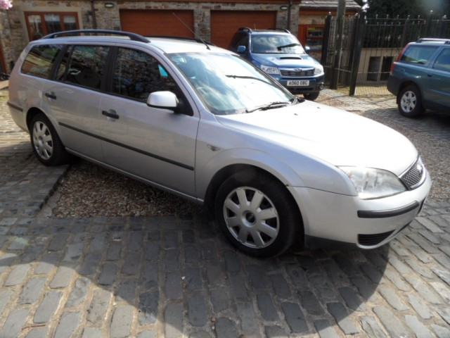 FORD MONDEO 2 0 LX ESTATE 2 0 TDCI 130 BHP 6 SPEED DIESEL 2004