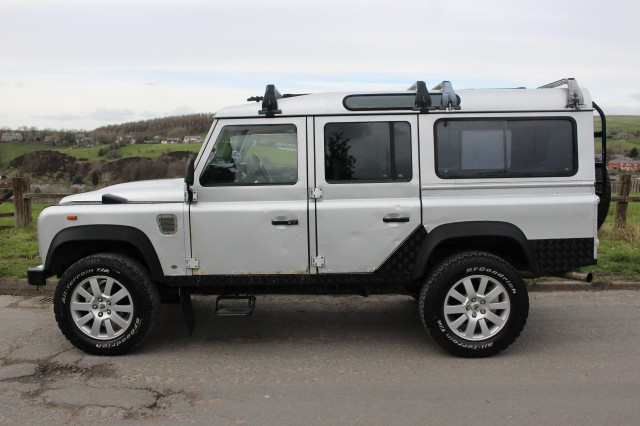 Used LAND ROVER DEFENDER 110 CSW 2.5 4CYL SW 5DR in Lancashire