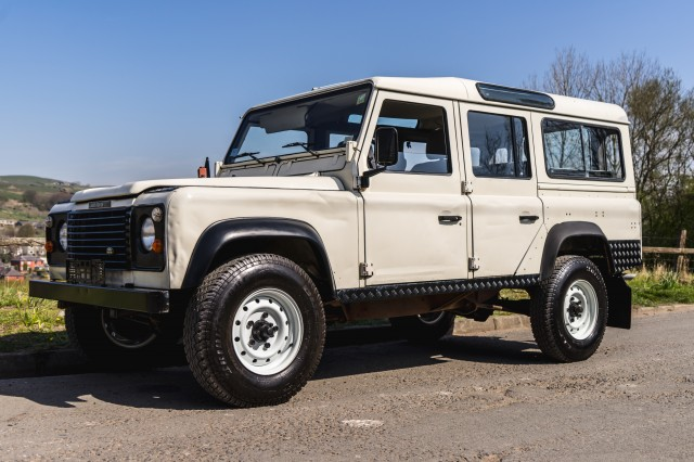 Used LAND ROVER Defender 90 CSW LHD in Lancashire