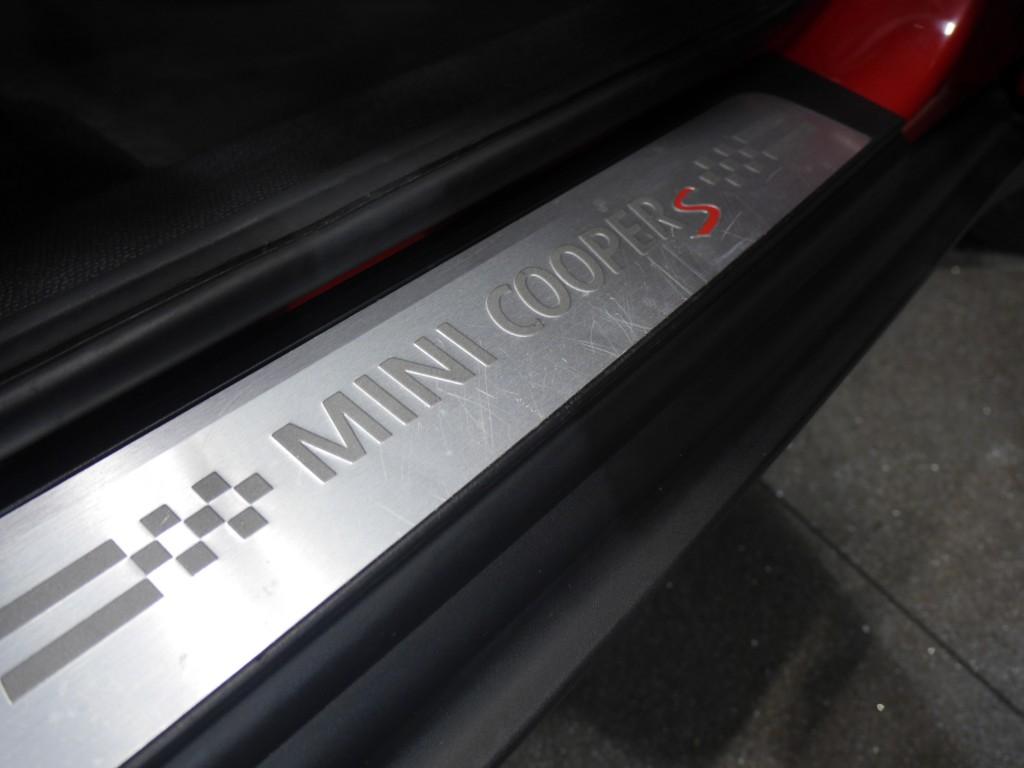 MINI COUNTRYMAN 2.0 COOPER SD ALL4 5DR AUTOMATIC
