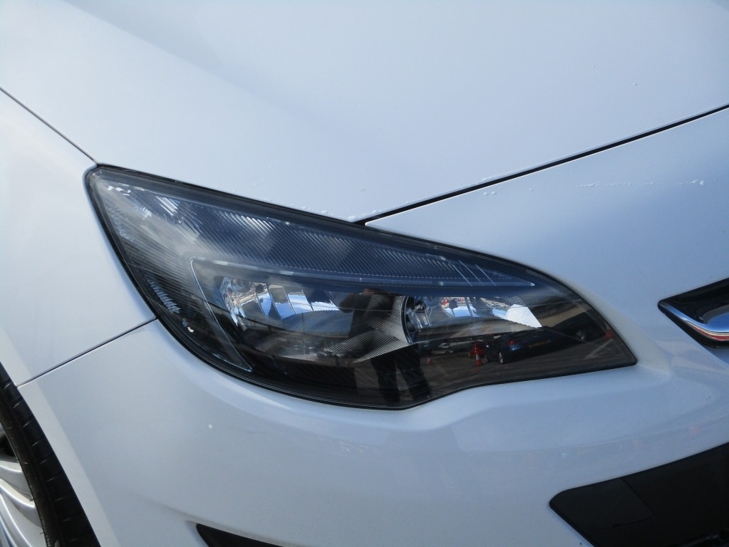 VAUXHALL ASTRA 1.6 EXCITE 5DR