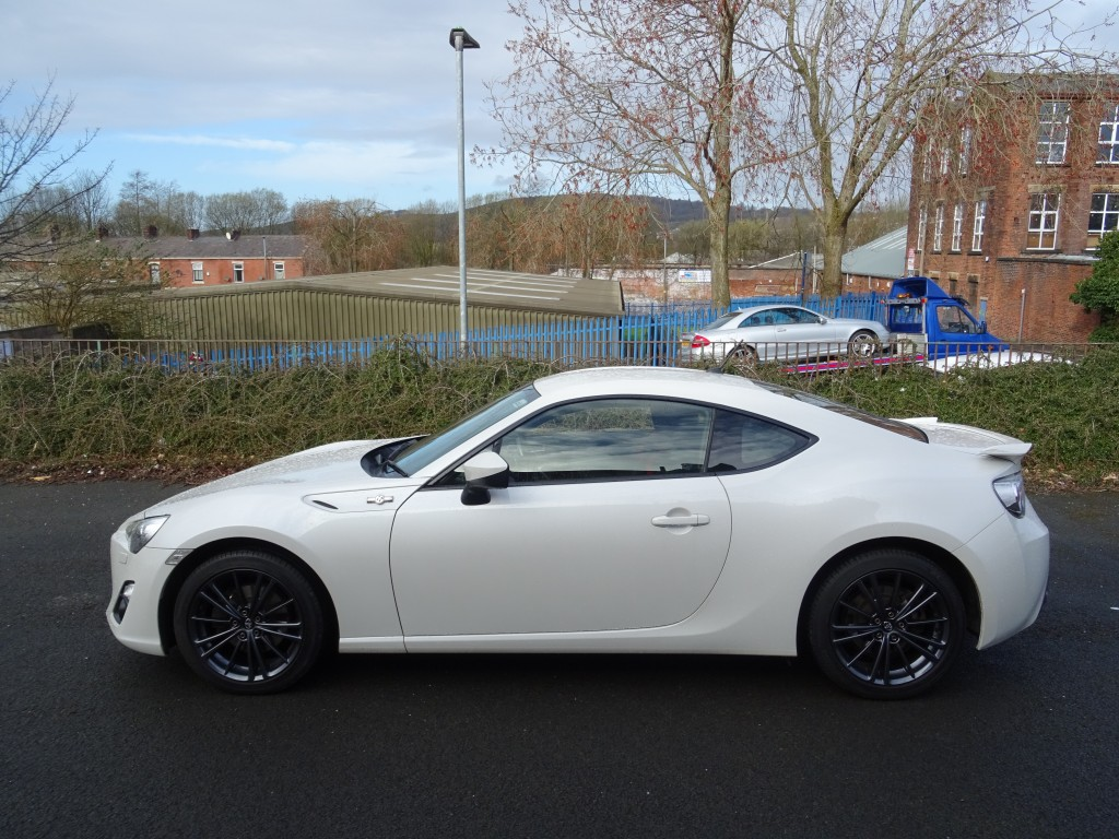 TOYOTA GT86 2.0 D-4S 2DR AUTOMATIC