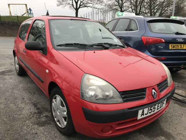 Used RENAULT CLIO 1.1 CAMPUS 8V 3DR in West Yorkshire