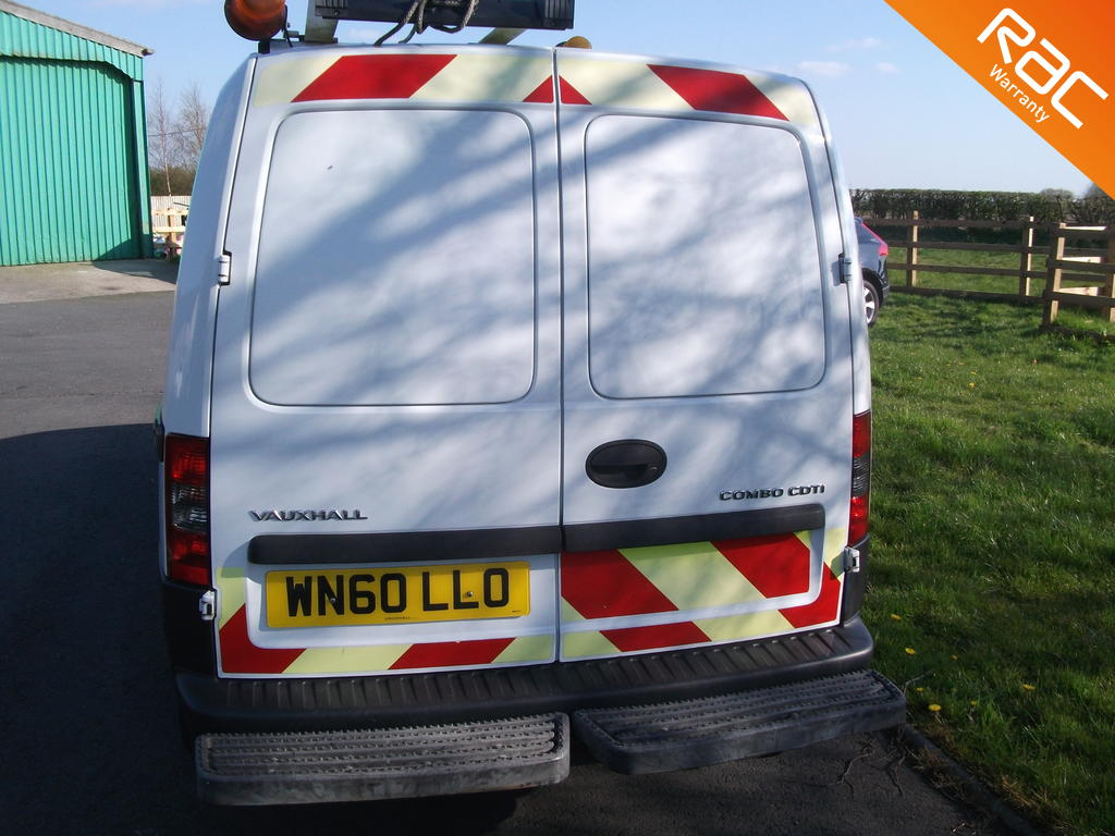 VAUXHALL COMBO DIESEL CAR DERIVED VAN 1.2 2000 CDTI SWB H/C