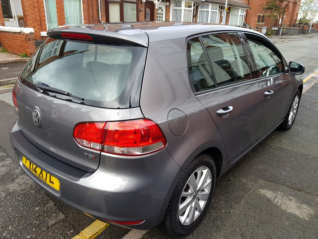 VOLKSWAGEN GOLF 1.6 MATCH TDI 5DR £30.00 TAX - BLUETOOTH - OPTICAL PARKING SENSORS
