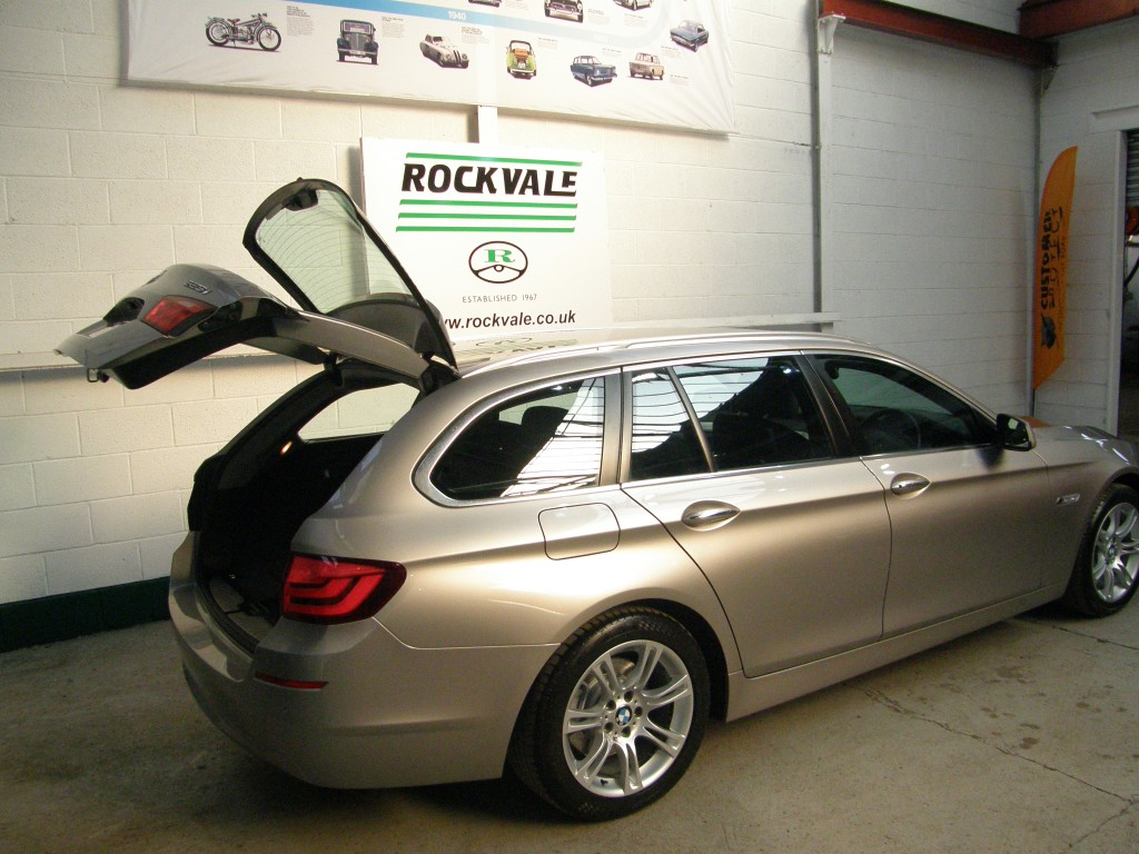 BMW 5 SERIES 3.0 523I SE TOURING 5DR AUTOMATIC