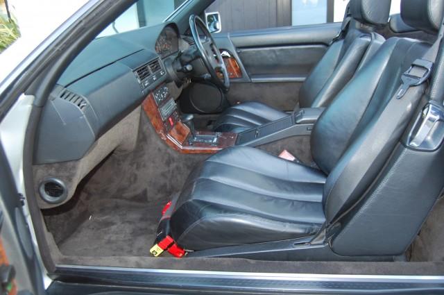 MERCEDES-BENZ SL 5.0 500 SL-32 2DR AUTOMATIC