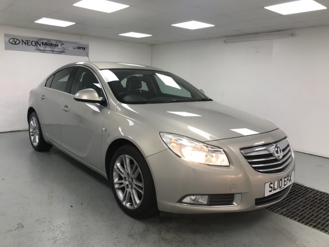 Used VAUXHALL INSIGNIA 1.8 EXCLUSIV 5DR in West Yorkshire