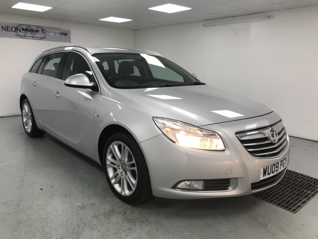Used VAUXHALL INSIGNIA 2.0 EXCLUSIV CDTI 5DR in West Yorkshire