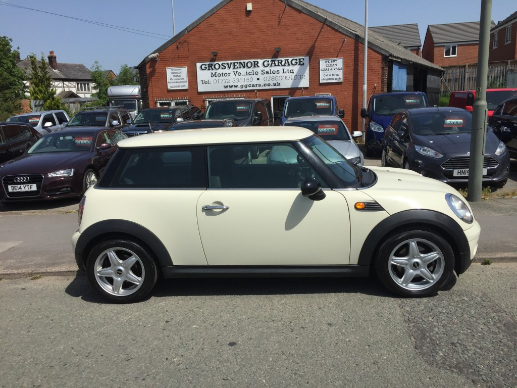 MINI HATCH 1.4 ONE 3DR