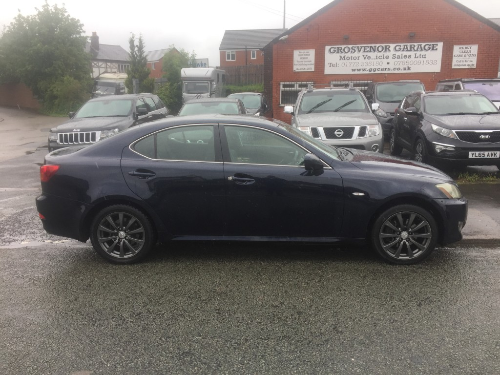 LEXUS IS 2.2 220D SE 4DR