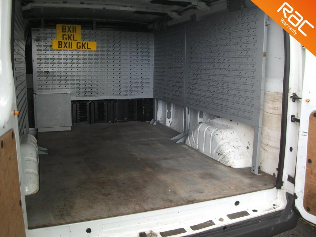 FORD TRANSIT DIESEL PANEL VAN 2.4 330 LR