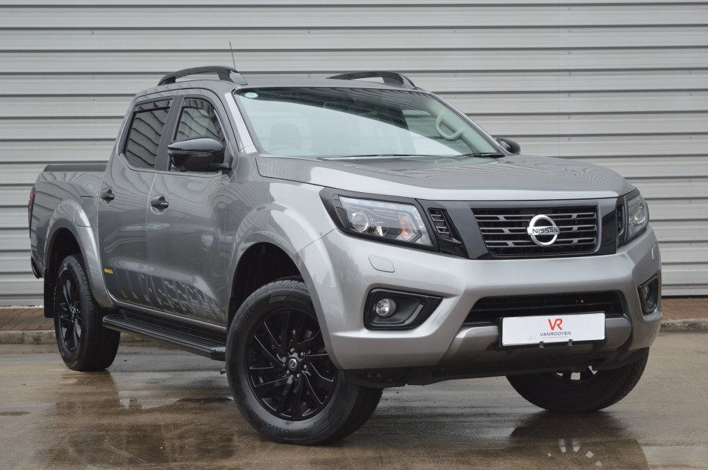Vr Warrington Nissan Np300 Navara 2 3 Dci N Guard Shr Dcb