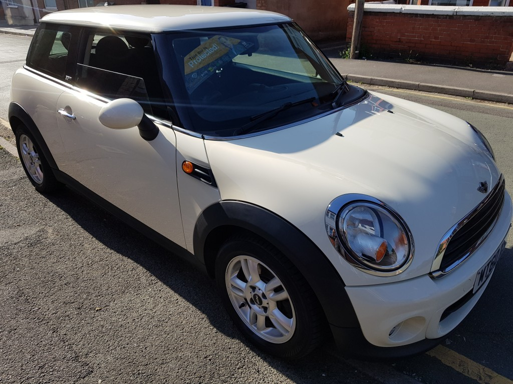 MINI HATCH 1.6 FIRST 3DR