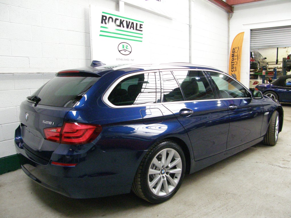 BMW 5 SERIES 3.0 528I SE TOURING 5DR AUTOMATIC