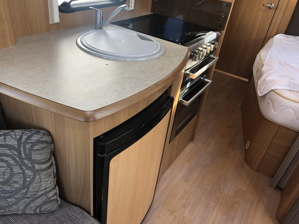 SWIFT Challenger 570 Fixed Bed