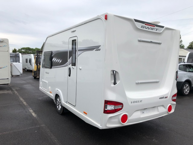 SWIFT Vogue 480 As New inside and out