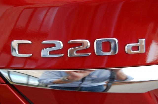 MERCEDES-BENZ C-CLASS 2.1 C220 D AMG LINE PREMIUM 4DR AUTOMATIC