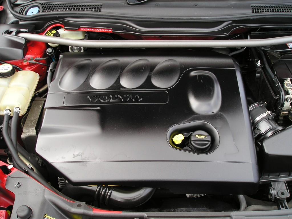 VOLVO C30 2.0 D S 3DR