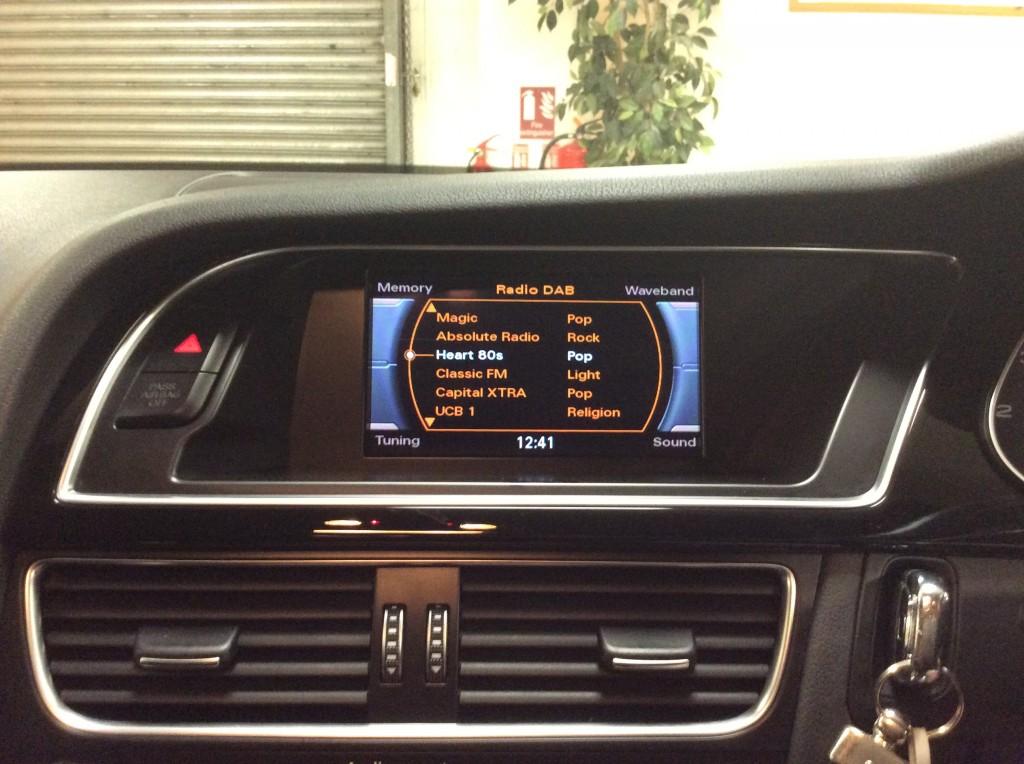 AUDI A4 2.0 AVANT TDI BLACK EDITION 5DR