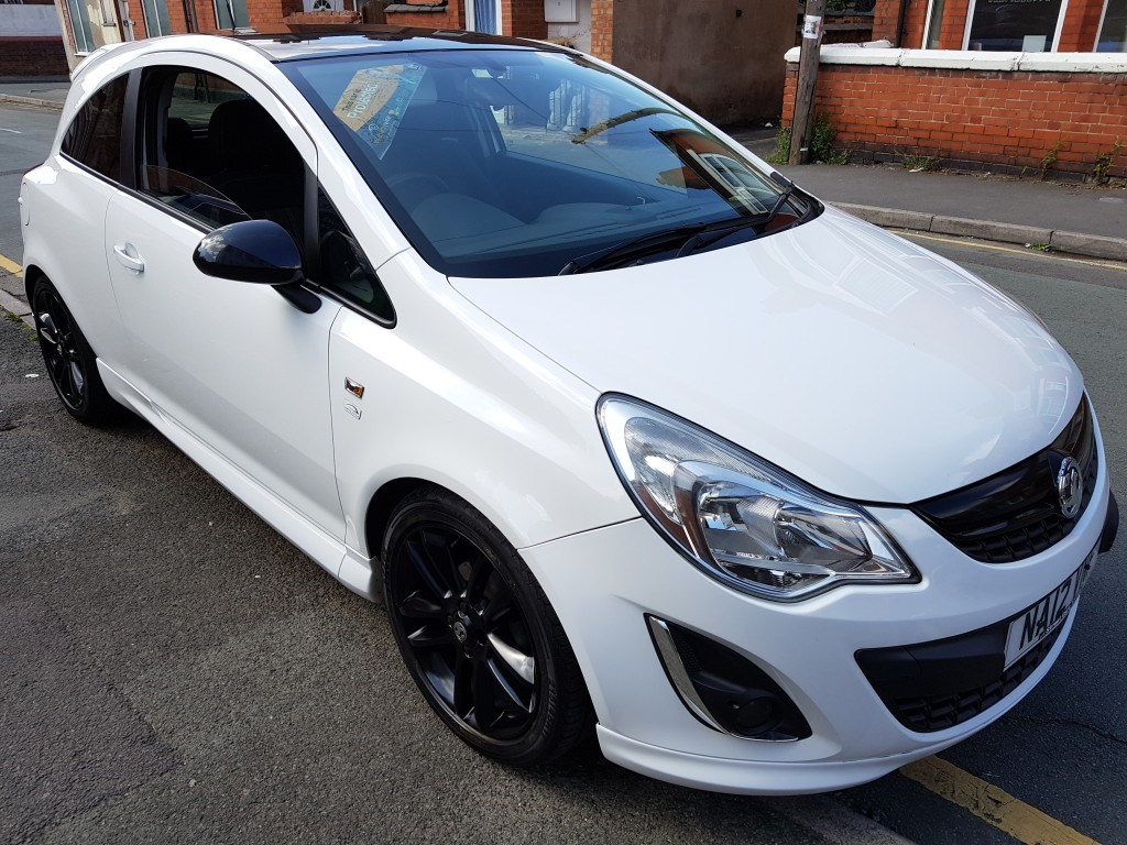 VAUXHALL CORSA 1.2 LIMITED EDITION 3DR PRIVACY GLASS - FSH - CRUISE CONTROL