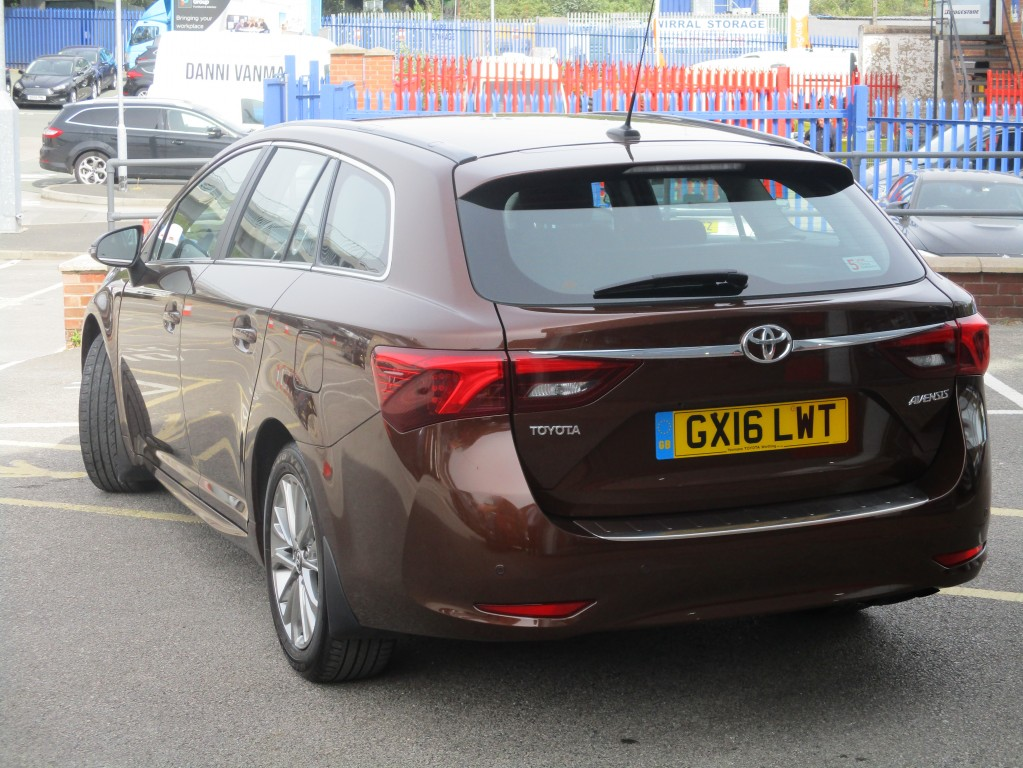 TOYOTA AVENSIS 1.8 VALVEMATIC BUSINESS EDITION 5DR CVT