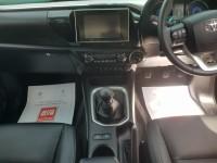 TOYOTA HI-LUX 2.4 INVINCIBLE X 4WD D-4D DCB 4DR