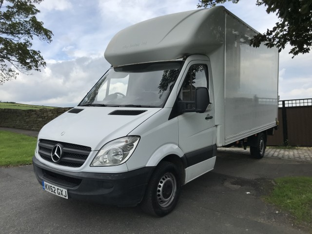 Used MERCEDES-BENZ SPRINTER 2.1 313 CDI LWB in West Yorkshire