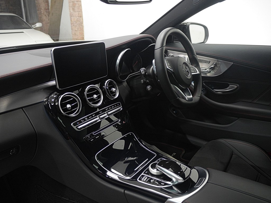 MERCEDES-BENZ C-CLASS 3.0 AMG C 43 4MATIC PREMIUM PLUS 2DR AUTOMATIC