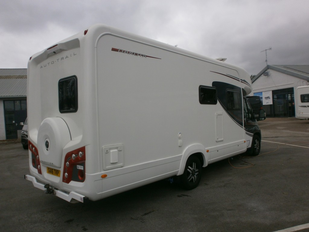 AUTO-TRAIL Dakota